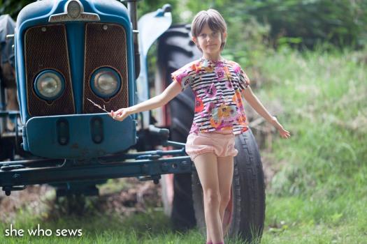 Storybook blouse and Pucker Up shorts 21.8.18-4524.jpg