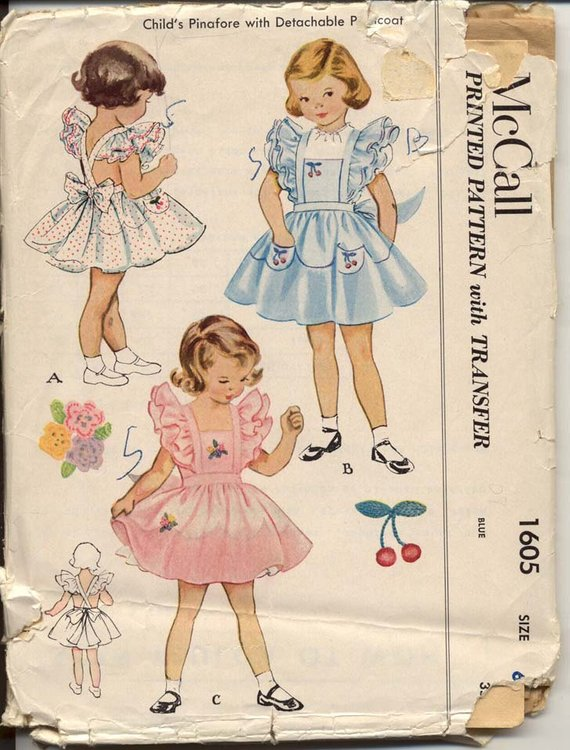 Vintage Mccall pattern 1605 with scalloped hem.